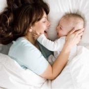 женщина и малыш